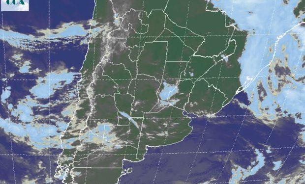 La imagen satelital presenta coberturas parciales.