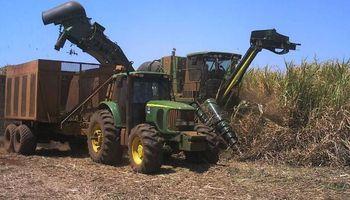 Piden incluir más etanol en las naftas