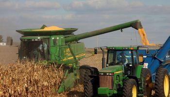 Dato bajista: comenzó la cosecha de maíz en Estados Unidos