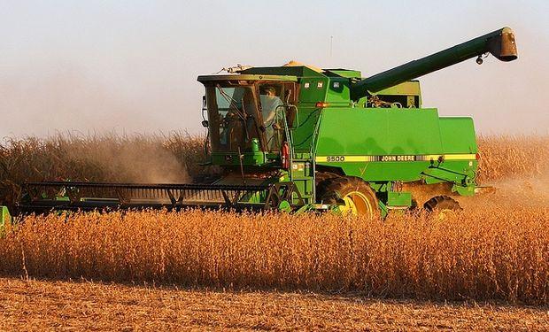 Sigue demorada cosecha de soja