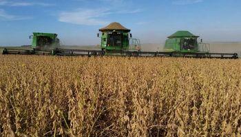 El Gobierno prometió soluciones por la disputa con Monsanto y ayuda para los tamberos