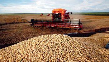 El 55% de la cosecha de soja aún está sin precio