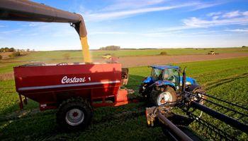 Uruguay: cerró la cosecha de soja con una importante merma productiva