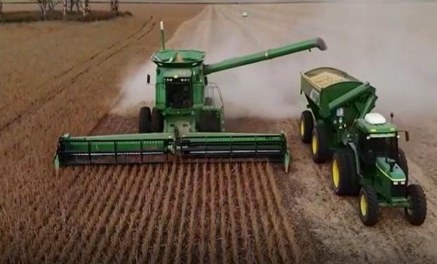 Imágenes de la cosecha desde el aire.