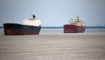 Puertos: apoyo a la resolución que brinda competencia en el servicio de guía de buques
