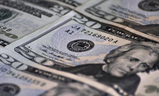 El dólar blue ascendió trece centavos a $ 11,50