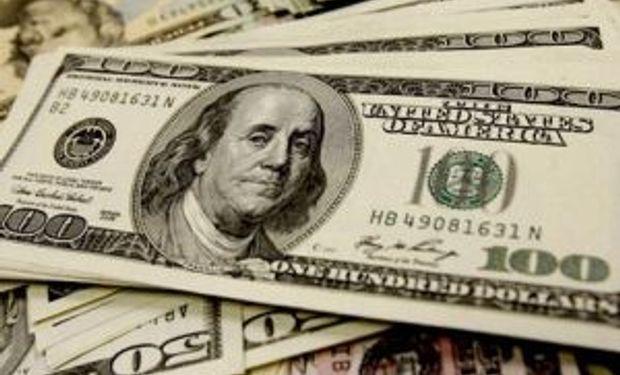 Blue sube a $ 12,05 y dólar oficial, estable a $ 8,17