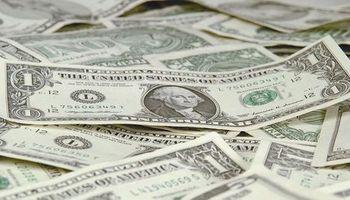 Mayor presión sobre el dólar: compras récord de ahorristas