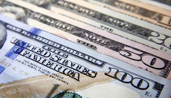 El dólar blue perdió 8 centavos y se vende a $12,88