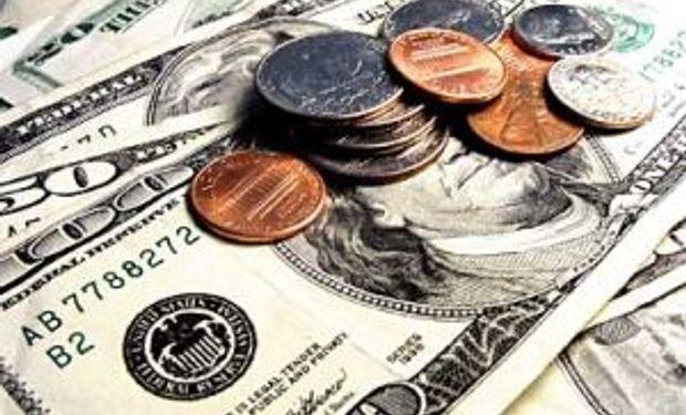 Dólar oficial cotizó estable a $ 8,16