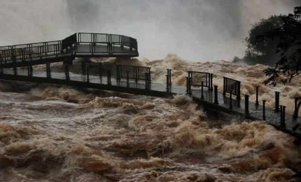 Alerta en el litoral por la crecida del Paraná