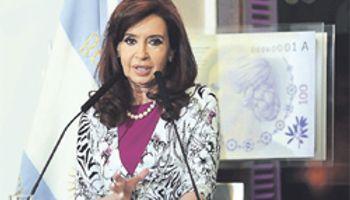 Cristina volvió contra Griesa y anunció medidas antirrecesivas