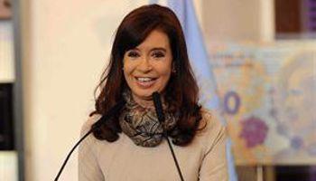 Cristina busca desdramatizar el default y prepara anuncios