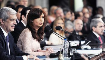 Cristina se despidió del Congreso con nacionalización de los trenes