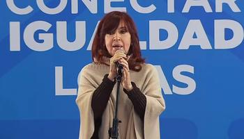 Cristina Kirchner citó a una empresa de agro durante un acto con Kicillof