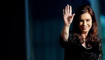 Cristina les devuelve fondos a las provincias y complica a Macri