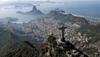 Balanza comercial brasileña de enero registra peor déficit histórico en 2013
