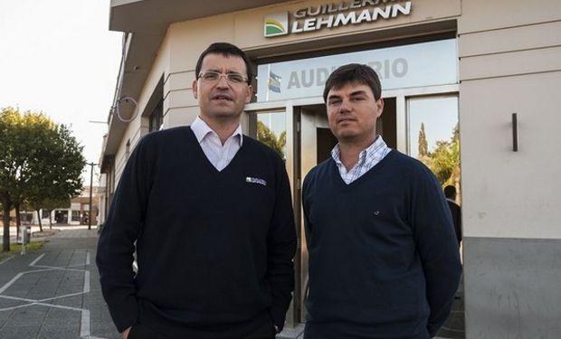 Turri, de la cooperativa Lehmann, y el productor Pietrobón. Foto: LA NACION / Marcelo Manera.