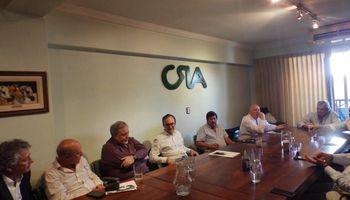 La Mesa de Enlace se reunió con la cadena de la soja para evaluar el pedido por retenciones