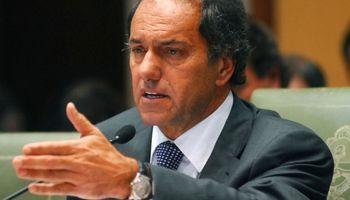 Scioli promete subir el piso del impuesto a las Ganancias a $ 25.000