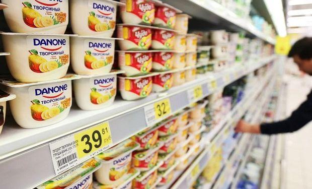 Danone encara una reestructuración mundial y evalúa su negocio de lácteos y bebidas en Argentina