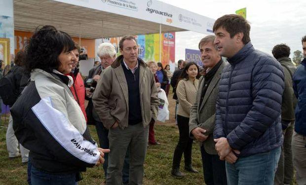 El secretario Delgado con la presidenta de AgroActiva, Roxana Nardi. Foto: MAGyP