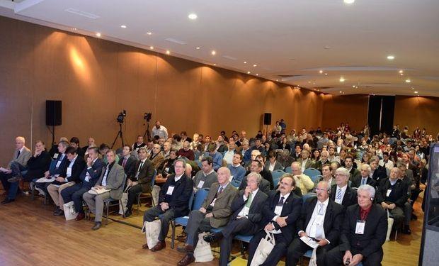 El Congreso Maizar 2015 se realiza este martes y miércoles en Parque Norte, Buenos Aires.