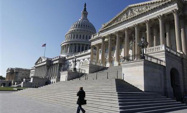 Obama y republicanos, dispuestos a poner fin a crisis de EEUU tras reunión