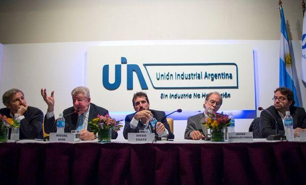 Frigerio, Bein, Diego Coatz (UIA), González Fraga y Marco Lavagna, ayer, durante el panel. Foto: Aníbal Greco.