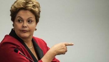 La clase política de Brasil pierde tiempo mientras el país se incendia