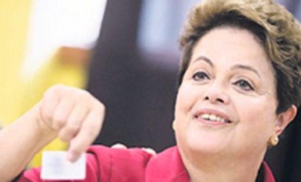 Ganó Dilma, pero el balotaje con Neves se presenta cuesta arriba