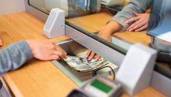 Se normaliza la venta de dólares: desde hoy los bancos no deben consultar al Anses