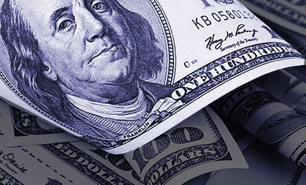 Dólar: la brecha supera el 100 % con el blue en un récord de $ 136