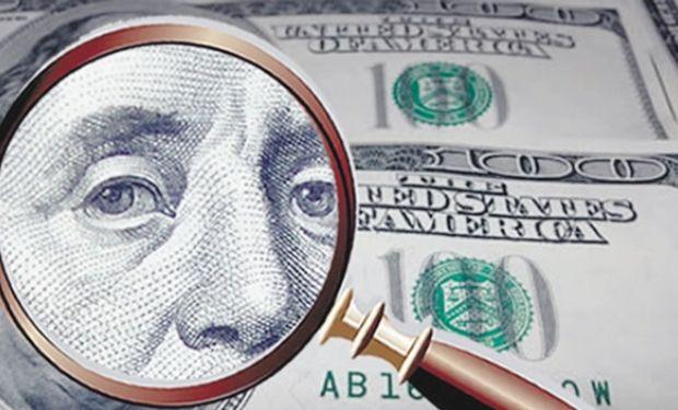 El dólar oficial avanzó en el mes ocho centavos.
