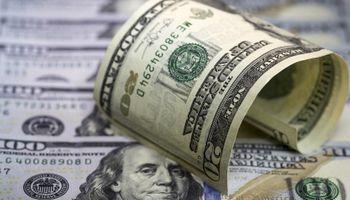 El dólar sigue quieto, pero agita el debate cambiario