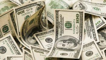 """Dólar: el blue trepó hasta los $181 y aseguran que """"no tiene techo si no hay anuncios"""""""