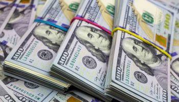 El dólar blue salta $7 y la brecha alcanza el 90%