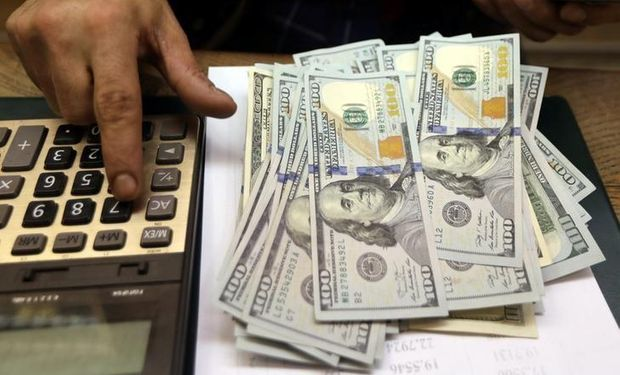 El dólar blue cerró a $ 159 en una semana en la que el BCRA compró casi u$s 500 millones