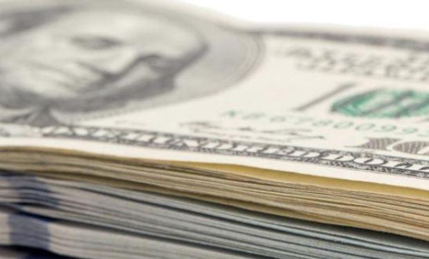 El dólar avanzó ayer por sexta jornada consecutiva.