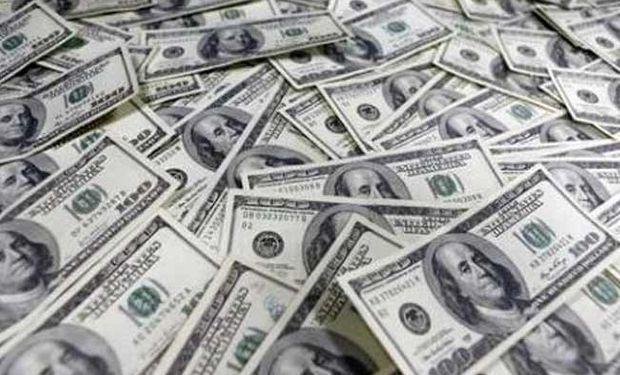 Dólar oficial continuó ayer con su marcha alcista.