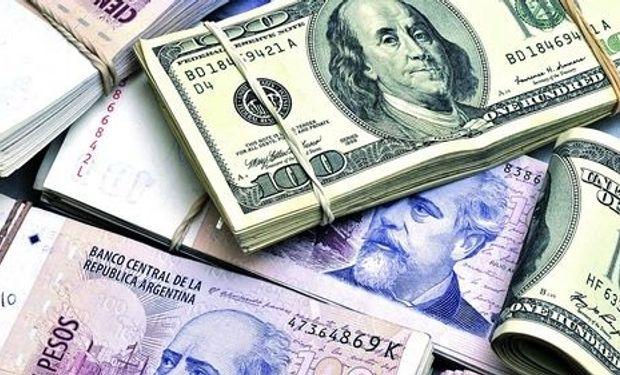 La diferencia entre el dólar oficial y el paralelo llegó ayer a su máximo en el año.