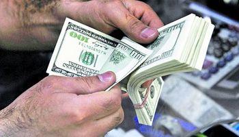 El dólar blue avanzó 15 centavos a $ 14,20