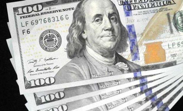 Entidades financieras comenzaron a importar los dólares físicos.