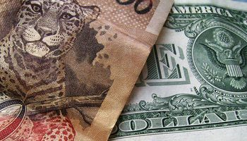 Sube más dólar en Brasil: es récord en 10 años
