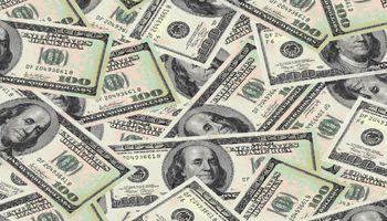 El dólar blue trepa 10 centavos, a $13,48