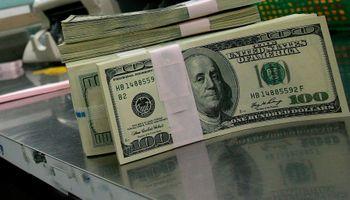 El precio del dolar oficial se hundió 10 centavos