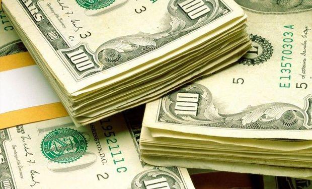 El dólar oficial sube medio centavo a $ 5,755