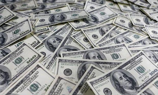 El dólar cerró a 16,10 pesos.