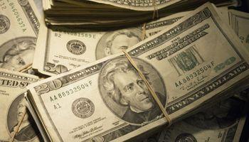 El dólar mayorista volvió a trepar fuerte y las cotizaciones financieras se recalientan atentas a Estados Unidos