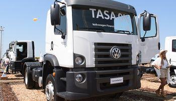 Los camiones Volkswagen se consolidan en el agro y se presentarán versiones automatizadas